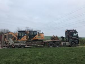 Digger, excavator, plant hire